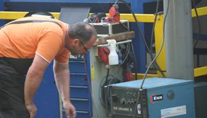 Reparatur eines Schweissgerätes durch die GTS Schweisstechnik